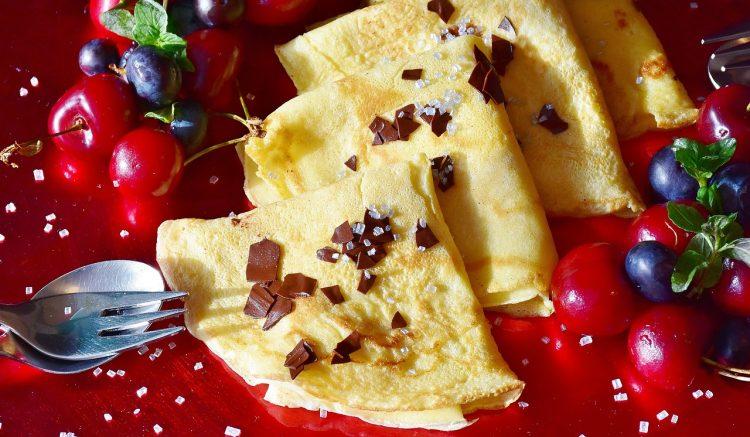 crêpes au chocolat avec fruits