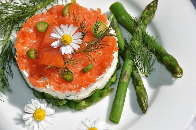 tartare de saumon aux asperges