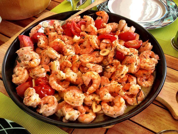 Crevettes cuites à la tomate