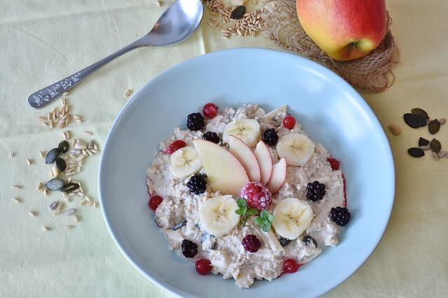 pudding et fruits frais